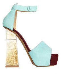 Sandali con tacco altissimo dalla collezione primavera estate 2013 di scarpe Aperlai