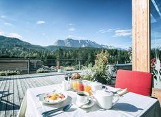 Frühstück im Hotel Kranzbach inmitten einer völlig unberührten Naturlandschaft in Bayern, Deutschland (c) Das Kranzbach  www.tierischer-urlaub.com - Urlaub mit Hund, Katze & Co in Europa