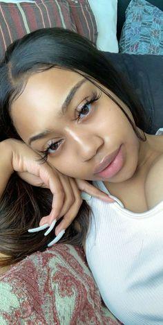 Baddie Hairstyles, Black Girls Hairstyles, Glowy Skin, Flawless Skin, Beauty Skin, Hair Beauty, Curly Hair Styles, Natural Hair Styles, Light Skin Girls