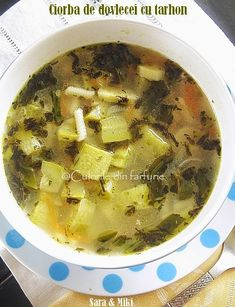 » Ciorba cu perisoare din ciuperciCulorile din Farfurie Palak Paneer, Soul Food, Baby Food Recipes, Cheeseburger Chowder, Food To Make, Food And Drink, Cooking, Ethnic Recipes, Soups