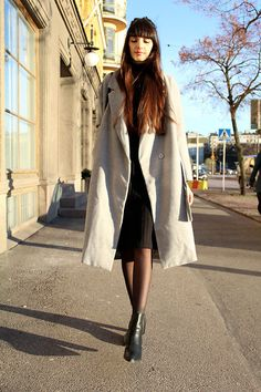 Get this look: http://lb.nu/look/7998288  More looks by Paz  Halabi Rodriguez: http://lb.nu/pazhalabirodriguez  Items in this look:  Sheinside Grey Coat, Monki Ribbed Black Dress, Zara Boots   #casual #minimal #street #blogger #newpost #santiago #chile #barcelona #madrid