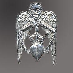 Pilgrim Shop - Walsingham - History and Heritage - Medieval Pilgrim Badges - Winged Heart Pilgrim Badge