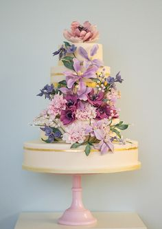 English country garden wedding cake by Rosalind Miller Cakes ~ Beautifully Decorated and Delicious Award Winning Wedding Cakes