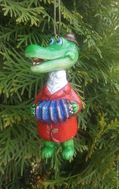 Новый год 2018 ручной работы. Заказать игрушка елочная из папье-маше Набор Чебурашка и крокодил Гена. Myrka. Ярмарка Мастеров.