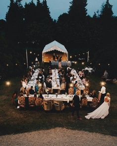 Outside wedding reception inspiration, wedding dinner