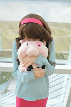 Cosplay Anime Costume His name is Waddles, I call him that because HE WADDLES (Mabel, Gravity Falls) Halloween Cosplay, Cosplay Costumes, Cosplay Ideas, Halloween 2019, Costume Ideas, Amazing Cosplay, Best Cosplay, Gravity Falls Cosplay, Gravity Falls Costumes