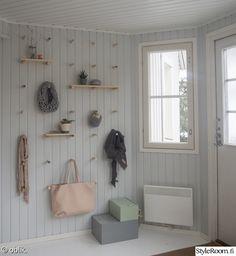 DIY for the hallway wall. Entry Hallway, Entryway, Mudroom, Shelving, Farmhouse Decor, Sweet Home, New Homes, Interior Design, Interior Ideas