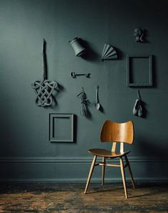 Home Decorating DIY Projects : Not quite blue not quite green — color for a bed/headboard offset by light blue walls -Read More – Light Blue Walls, Dark Walls, Dark Painted Walls, Inspiration Wand, Interior Inspiration, Interior Styling, Interior Design, Interior Office, Wall Decor