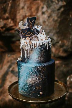 Cosmic Love: Celestial Wedding Ideas for Festival Season - Hochzeit Galaxy Wedding, Moon Wedding, Celestial Wedding, Star Wedding, Wedding Ideas, Wedding Themes, Trendy Wedding, Wedding Jobs, Wedding Inspiration