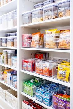 Makeover Your Walk-In Pantry! Use Labeled Clear Canisters, Bins and Kitchen Orga… Makeover Your Walk-In Pantry! Use Labeled Clear Canisters, Bins and Kitchen Organizers to Declutter Your Pantry Shelves – Kitchen Pantry Closets That Are Perfectly Organ Pantry Closet Organization, Pantry Room, Kitchen Organization Pantry, Home Organisation, Kitchen Organizers, House Organization Ideas, Fridge Storage, Refrigerator Organization, Pantry Ideas