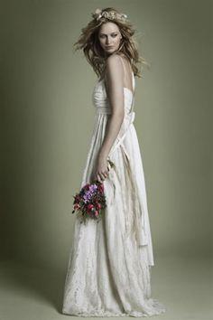 vintage inspired bohemian lace wedding dress