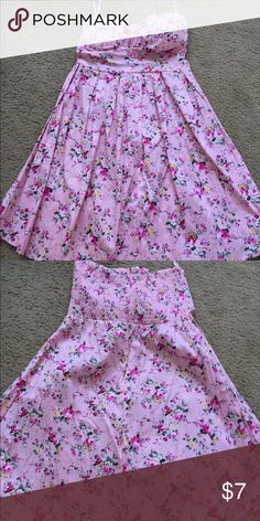 "Pink Floral Dress Super bubble gum pink strapless dress I bought long ago but never wore 👚 Says size large but can fit medium best. Hits me around mid thigh and I'm 5""3 for reference Rue21 Dresses Strapless"