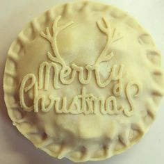 It's Christmas time! #christmas #merrychristmas #reindeer #pieart #piestagram #instapie #artisan #artisanpies #aisforapplepie #buttercrust #dough #pie #piepiepie #pieprep #eatmorepie #eatpie #foodstagram #yum #yummy #delicious #dessert #boston #baking #food #bakingpies #pielife #fruitpies #crust #piecrust Christmas Desserts, Christmas Baking, Christmas Pies, Pie Dessert, Dessert Recipes, Beautiful Pie Crusts, Pie Crust Designs, Pie Decoration, Pie Crust Recipes