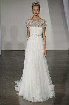 Marchesa Bridal Fall 2013 Collection - Are you preparing to walk down the isle this year? Then make sure you check out Marchesa's stunning wedding dress collection for fall 2013 and see if you spot your dream wedding dress!