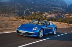 Porsche showed off its 2014 911 Targa in a radiant bright blue color.