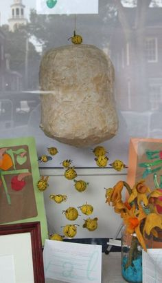 Paper mache bee hive with wool felt bees Bumble Bee Honey, Bumble Bees, Bee Hive Plans, Art Projects, Projects To Try, Paper Mache Animals, 2nd Grade Art, Art Cart, Bee Party