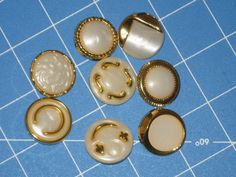 All Diffrent Look same Size Vintage Shank Buttons by melsumn1, $5.75