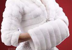 MANGUITO. Especie de guante de piel para abrigar las manos.