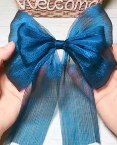 Handmade Hair Bows, Diy Hair Bows, Diy Hair Accessories, Handmade Accessories, Fashion 90s, Diy Fashion Hacks, Diy Ribbon, How To Make Bows, Diy Hairstyles