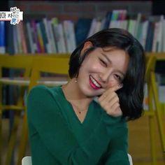 (VIDEO) Sooyoung - MBC 섹션TV (MBC's Weekend Drama '밥상 차리는 남자 / Man In The Kitchen, Interview)  #밥상차리는남자 #이루리 #mbc주말드라마  { #choisooyoung #sooyoung #최수영 #수영 }
