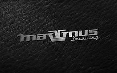 Aplicación acero sobre cuero negro de la marca Maggnus Detailing