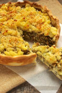 Torta di carciofi e ricotta con crumble di patate profumate