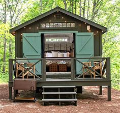 From Camp Cottages to Hideaway Huts to Unique Retreats, the glamping options at Sandy Pines Campground are redefining the camping experience in Maine. Tiny House Blog, Tiny House Cabin, Tiny House Living, Tiny House Design, Small Living, Cabana, Atelier D Art, Cabin Plans, House Plans