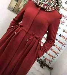 Iranian Women Fashion, Islamic Fashion, Muslim Fashion, Abaya Fashion, Fashion Dresses, Mode Abaya, Hijab Fashionista, Sleeves Designs For Dresses, Stylish Clothes For Women