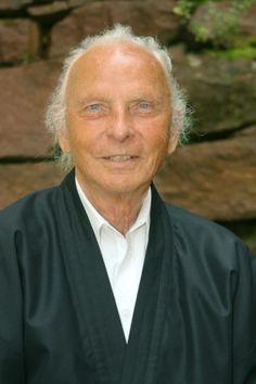 Willigis Jäger, il benedettino che insegna il Risveglio (Djénane Kareth Tager)