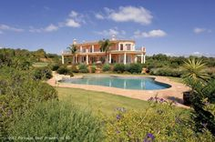 3 bedroom villa with pool and seaviews in Vale de Lama, Lagos, Algarve, Portugal - Beautiful traditional luxury villa in rural surroundings with views to the Ria de Alvor. The villa is only a few minutes from the centre of Lagos, the Palmares Golf course and Meia Praia beach. The grounds are impecably manicured and it is enclosed with private electric gates. - http://www.portugalbestproperties.com/component/option,com_iproperty/Itemid,8/id,1155/view,property/#