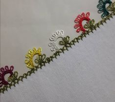 Seed Bead Tutorials, Beading Tutorials, Knitted Poncho, Knitted Shawls, Bargello, Knitting Socks, Seed Beads, Hand Embroidery, Tatting