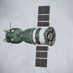Soyuz 19 (Apollo Soyuz Test Project) spacecraft.jpg