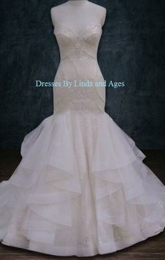 Mermaid Trumpet Lace Horsehair Trim Ruffles Wedding Dress. Mermaid Trumpet Lace Horsehair Trim Ruffles Wedding Dress on Tradesy Weddings (formerly Recycled Bride), the world's largest wedding marketplace. Price $750...Could You Get it For Less? Click Now to Find Out!