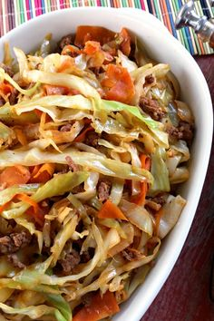 Roll Stir-Fry: all the flavor of an egg roll without the wrapper! Like an unstuffed egg roll in a bowl. So delicious!Egg Roll Stir-Fry: all the flavor of an egg roll without the wrapper! Like an unstuffed egg roll in a bowl. So delicious! Stir Fry Recipes, Beef Recipes, Cooking Recipes, Healthy Recipes, Easy Recipes, Egg Roll Recipes, Cookbook Recipes, Shrimp Recipes, Organic Recipes