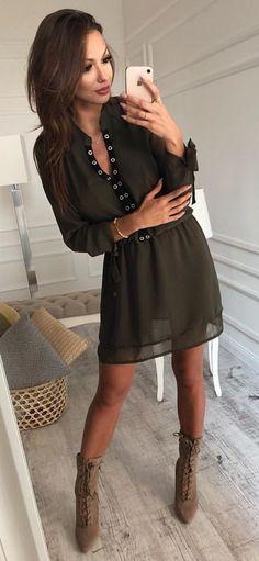 #fall # outfits γκρι μακρυμάνικο μίνι φόρεμα με μανίκια