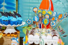 Que tal como tema esta Festa Surf para comemorar o aniversario do seu filho!!Lindas ideias e muita inspiração.Bjs, Fabíola Teles.Mais ideias lindas:Decoração: Festolita.Fotografia: Juliana Bra...