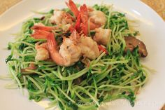 Eat your heart out: Recipe: Stir Fried Tau Miu (豆苗) with Prawns