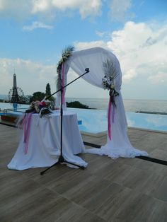 It couldn't be so romantic. Open air ceremony @ Skyfall zone