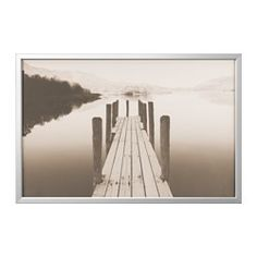 IKEA - BJÖRKSTA, Foto met lijst, aluminiumkleur, , Afbeelding en lijst zitten elk in een aparte verpakking.Stel een schilderij samen dat bij jou en je muren past door de grootte van het schildersdoek te kiezen, een motief dat je mooi vindt en de kleur van de lijst.Afhankelijk van de gewenste uitstraling kan de afbeelding worden ingeraamd of kan het canvas over de lijst gespannen worden.Als je wat variatie wilt, kan je het motief eenvoudig vervangen of een mooi stuk stof in de lijst…