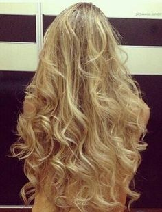 gorgeous blonde curls.