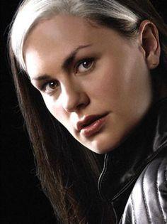 Pícara (Rogue) : La joven conocida sólo como Rogue se unió a los X-Men para aprender a controlar los atributos genéticos que son su bendición y su maldición –es decir, el poder de absorber recuerdos y talentos de otros a través del tacto. Trágicamente, aún no ha dominado este poder, y está forzada a mantener distancia de aquéllos que ama. <BR>Nombre verdadero: Irrevelado <BR>Ocupación: ...