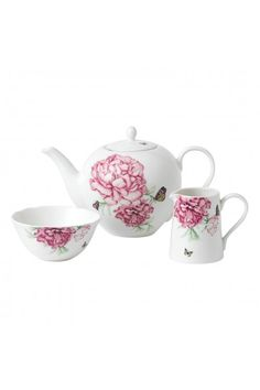 This Everyday Friendship 3 piece set includes porcelain; Teapot 1.25l, Sugar Box and Cream Jug. Perfect for a casual afternoon tea with your girlfriends! #afternoontea #mirandakerr #royalalbert #mirandakerrroyalalbert