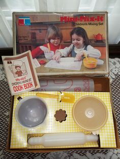Hey, I found this really awesome Etsy listing at http://www.etsy.com/listing/155482969/1979-tupperware-toy-mini-mix-it