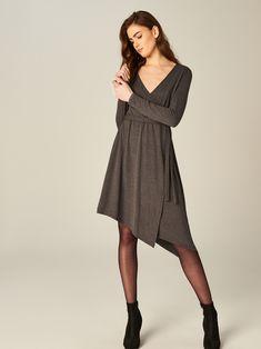 Dzianinowa sukienka z kopertowym przełożeniem, MOHITO, TL213-90X