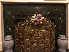 Fireplace screen decorated for Spring!