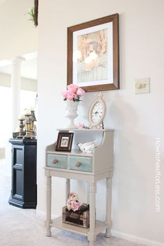 painted telephone table - great idea for refinishing my dresser