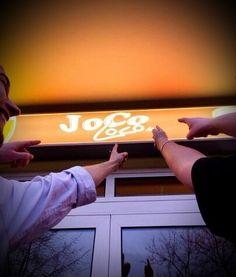 Das JoCo-Loco-Team wünscht allen ein frohes Osterfest!  Unsere Öffnungszeiten über Ostern: Fr.: ab 17:00 Uhr Sa.: ab 17:00 Uhr So.: ab 17:00 Uhr Mo.: geschlossen