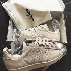 new style 69095 acd75 Instagram post by footwear • May 30, 2016 at 5 46pm UTC. Tenis, Zapatillas,  Carteras, Moda De Adidas ...
