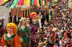 Brazilian Carnival in all shapes and colours   Culturas - Linking ...