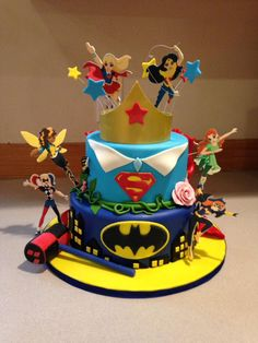 Super Hero Girls Cakes Girl Birthday Themes Superhero Party 5th